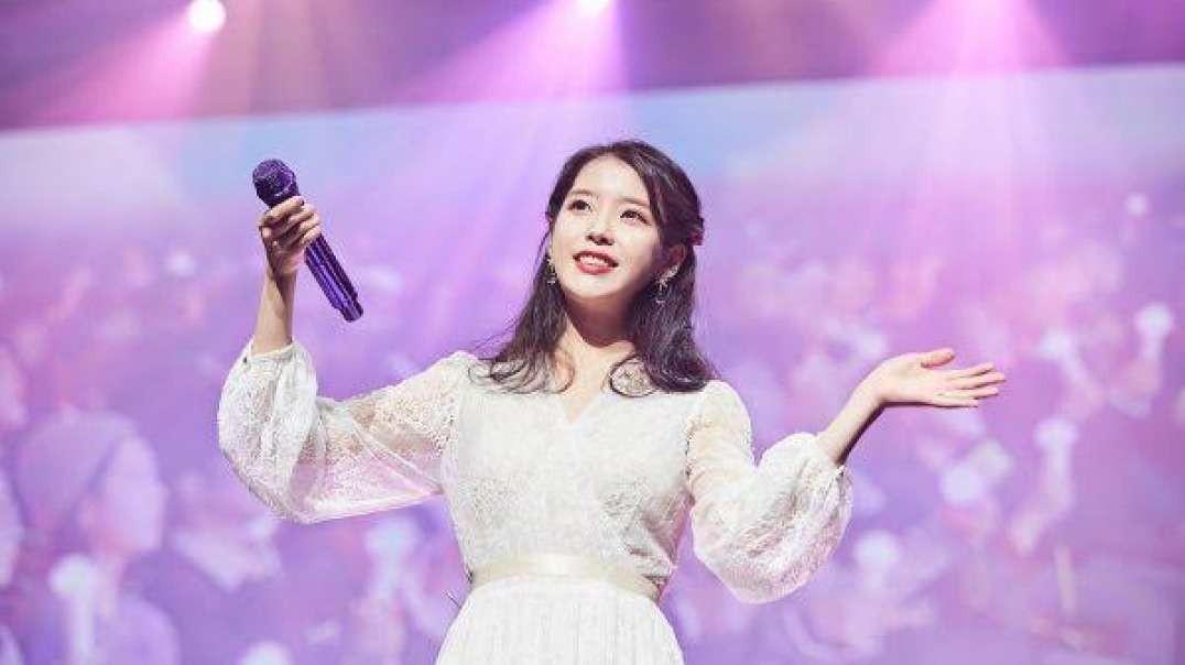 [Live] IU (아이유) Good Day (좋은 날)